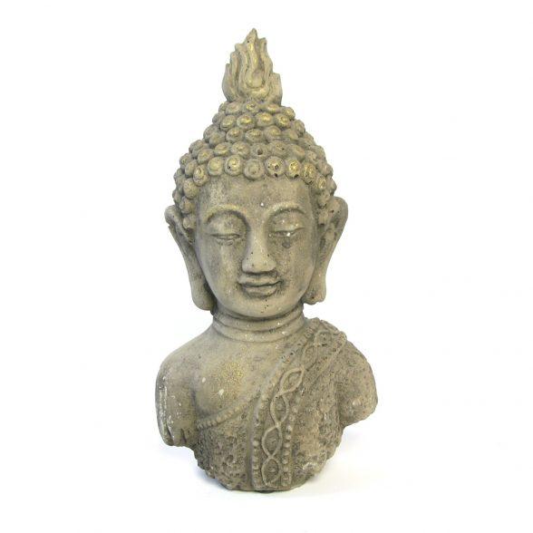 Dekorativ buddha i betong, mått 17,5x12x32,5 cm (bxdxh).