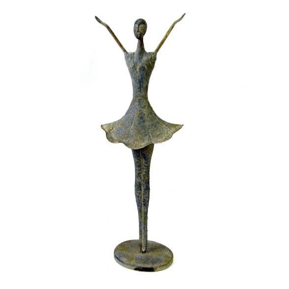 Dekorativ ballerina i metall. Mått 20x11x54 cm.