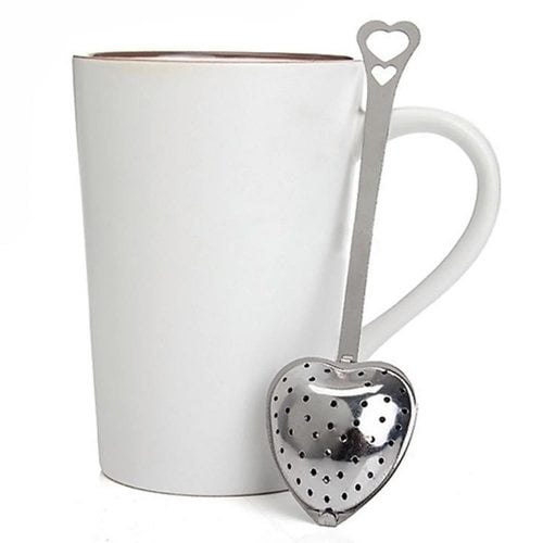Hjärformad tesil i rostfritt stål. Öppna hjärtat för att fylla på med te. Längd 14 cm.