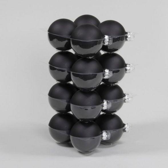 Julkulor i svart glas, set om 16 st med 8 st matta och 8 st blanka. Diameter 8 cm.