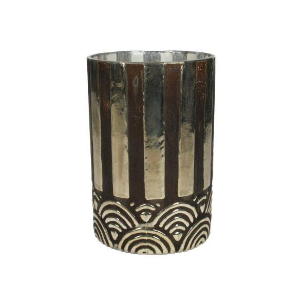 Ljuslykta i glas med klassiskt Art Deco mönster i svart och silver. Diameter 10 cm, höjd 15 cm.