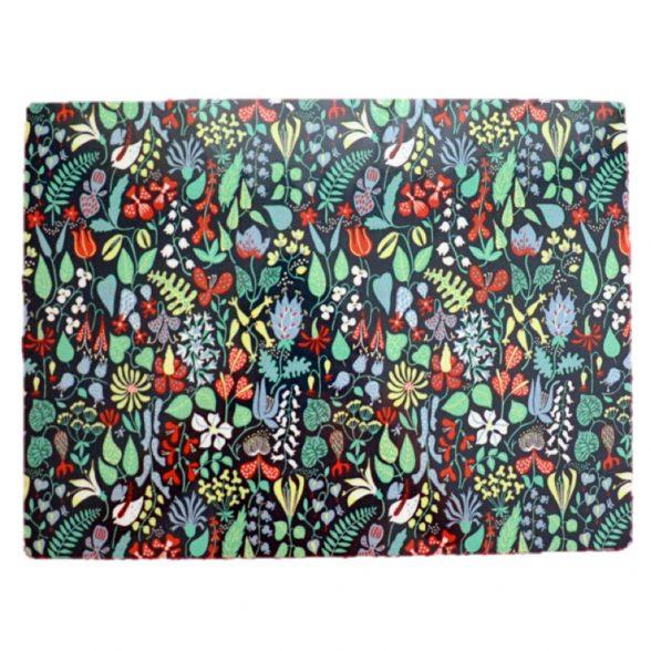 Fin bordstablett med Stig Lindbergs mönster Herbarium. Tillverkad i praktisk miljövänlig PET-plast som är lätt att torka av. Mått 40×30 cm.