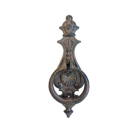 Dörrkläpp i robust gjutjärn i vacker empirestil. Mått 24x8,5 cm (hxb).