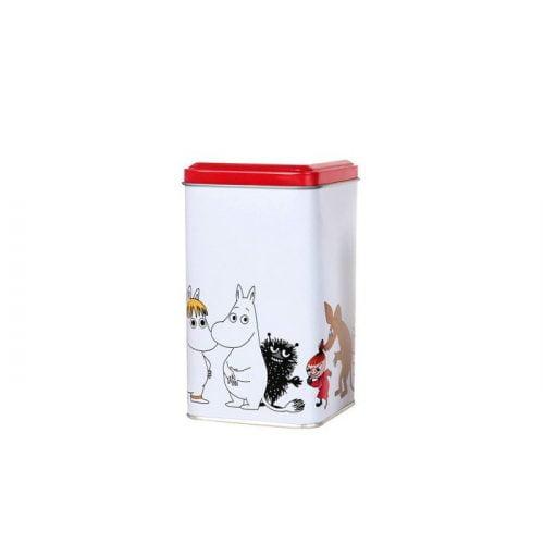 Mumin fyrkantig burk i plåt med motiv av muminfigurer. Handdisk rekommenderas. Mått 9x9x16 cm (lxbxh).