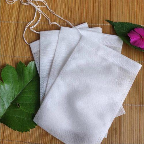 Tomma tepåsar med snöre för att fylla med eget te. Mått ca 7x5 cm. Förpackning med 100 st.