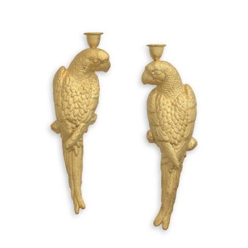 Väggljusstakar 1 par i guldmålat gjutjärn i form av parställda papegojor. mått 35,5x12,5 (hxb).